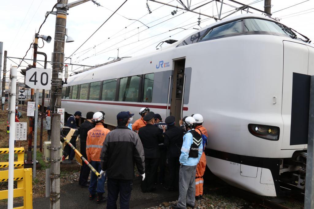 JR福知山線で人身事故 運転再開も一部で運休、遅れ   丹波新聞